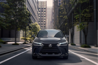 全新雷克萨斯NX新增PHEV车型 进入中国市场定价大猜想丨指臻汽车